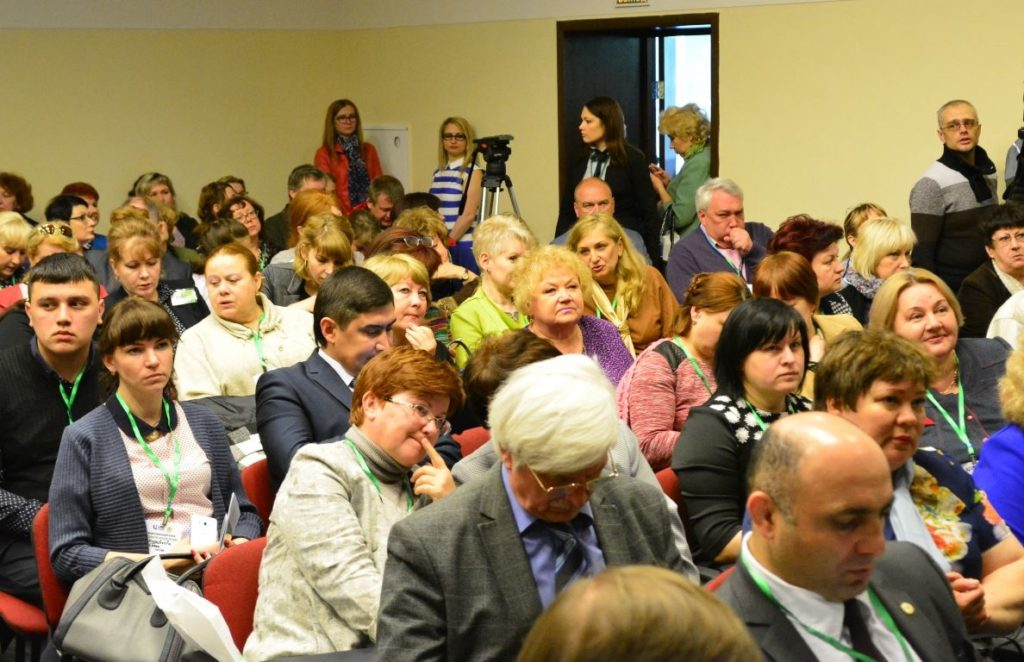 v-kostromskoy-oblasti-prohodit-mezhregionalnyy-forum-edinstvo-narodov-rossii_6